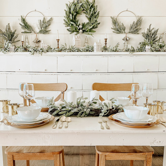 cottage holiday tablescape with neutral tones and wreaths