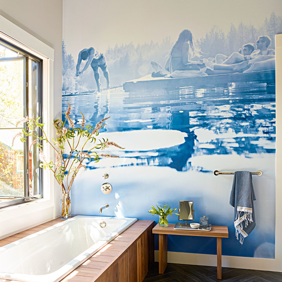 lake tahoe house bathtub
