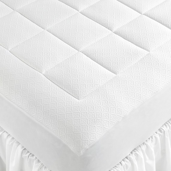 The dos and donts of buying a mattress martha stewart dont assume that a firmer mattress is always better solutioingenieria Image collections