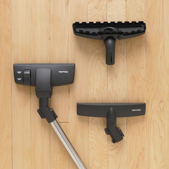 vaccuum-rug-floorbrush-mld103348hardwood-1107.jpg