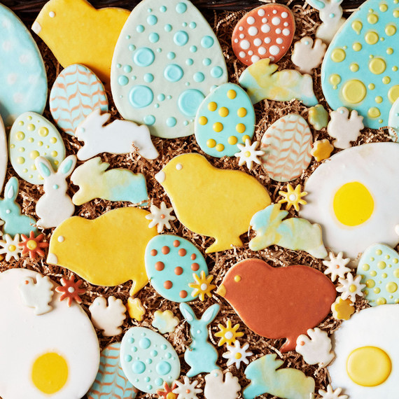 Martha S Favorite Method For Decorating Beautiful Easter Cookies
