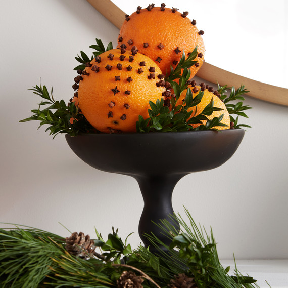 mantle pedestal bowl of pomanders