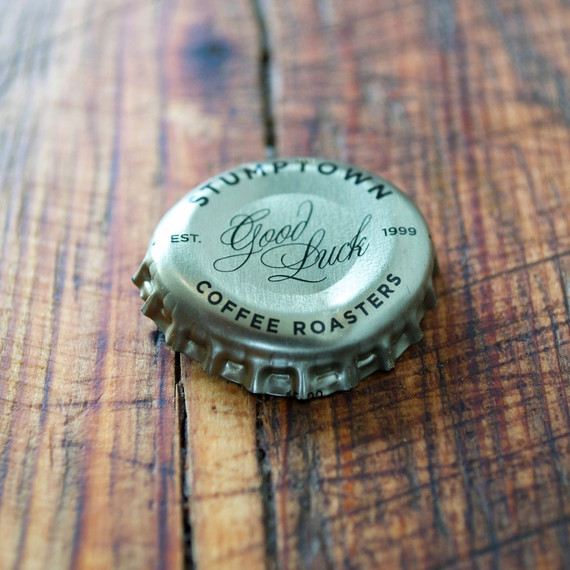 mason-shaker-cold-brew-cocktail-cap-close-0314.jpg
