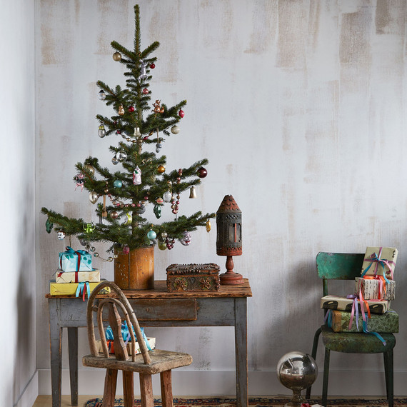 John Derian's Shares His Christmas Tree and Charming Collection of Vintage Ornaments