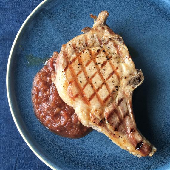 42 burners farm cooking school rhubarb sauce blue plate pork chop