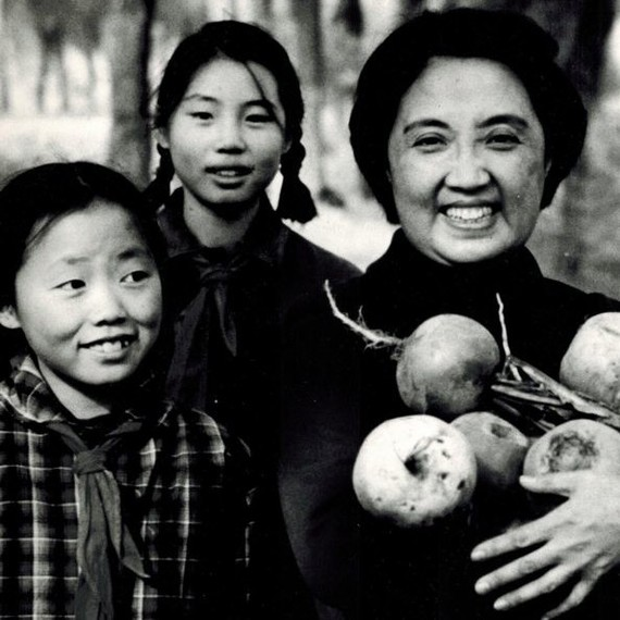Joyce Chen family