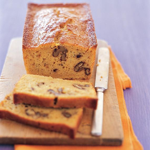 everyday-food-ginger-carrot-cake-msledf0304xi5s.jpg