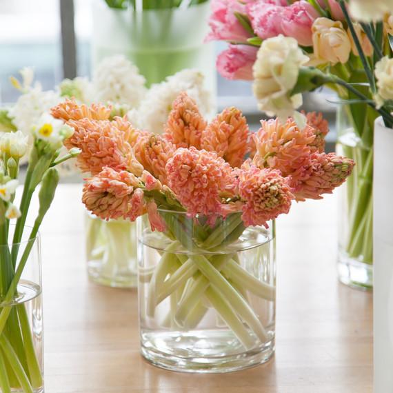 behind-the-scenes-flower-arrangement-7669-d111053.jpg