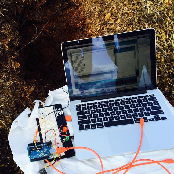 detroit-dirt-mit-site-visit-laptop-sensor-closeup.jpg