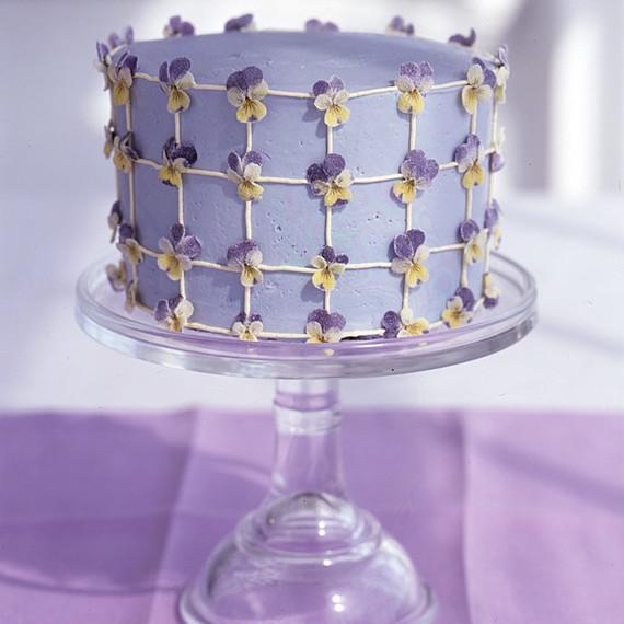 crystallized pansies cake