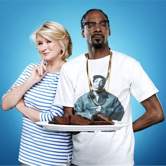 "Martha and Snoop promo image for ""Martha & Snoop's Potluck Dinner Party"""