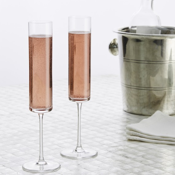 party-table-sparkling-drinks-on-white-0617-6378406