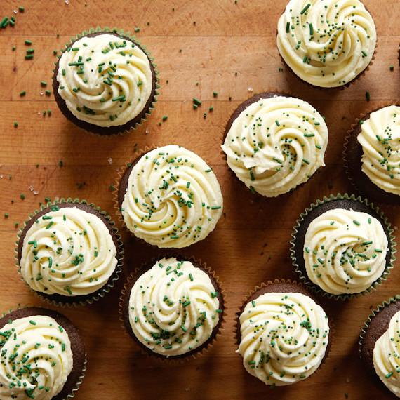piebox-contributor-irish-stout-cupcakes-above-0314.jpg