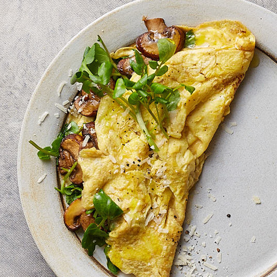 How to Make an Omelet, the Breakfast Classic