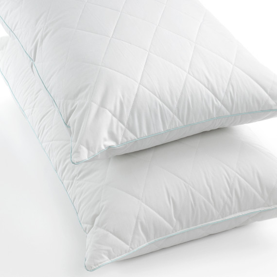 msmacys-allergywise-syntheticquiltedpillows-retail-0514.jpeg