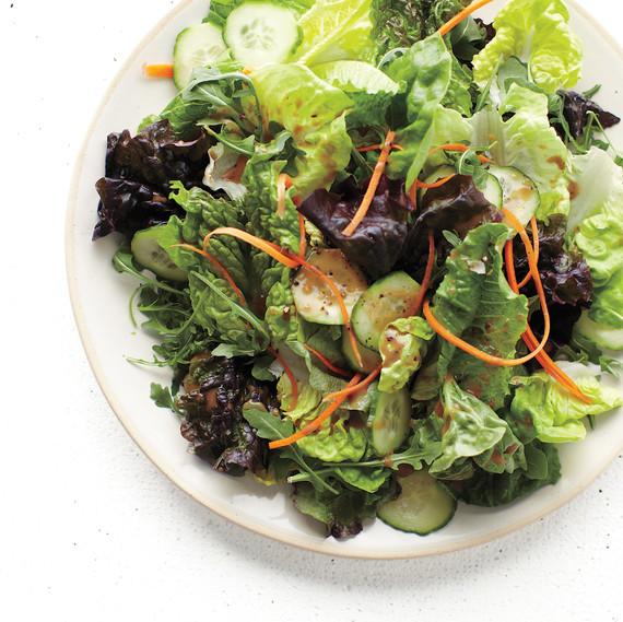 salad mix carrot cucumber balsamic vinaigrette