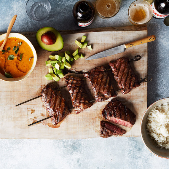 barbequed-skirt-steak-with-sweet-and-hot-pepper-sauce-271-d112921.jpg