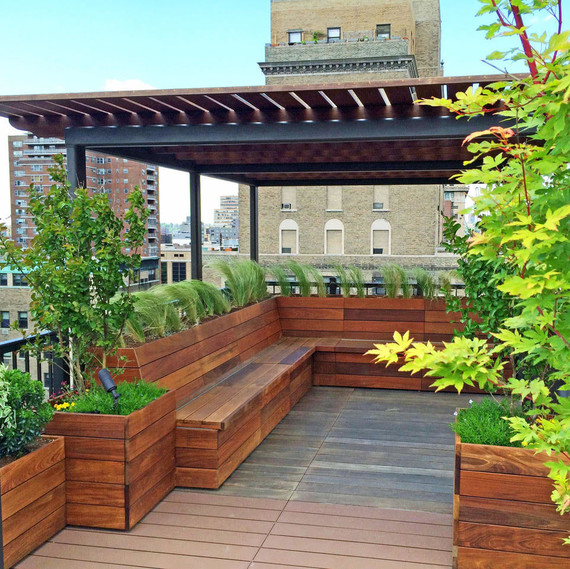 outdoor rooftop seating