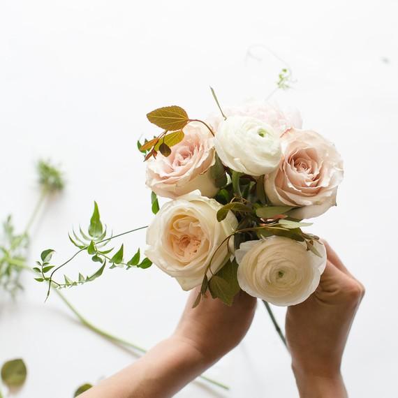 step-4-add-ranunc-diy-bouquet-0415.jpg