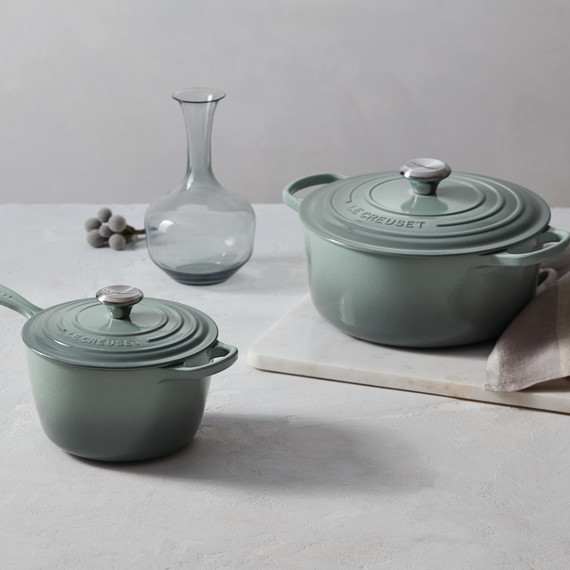 Flot Le Creuset Just Launched Three New Colors, and We're Obsessed with GJ-17