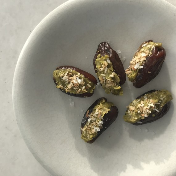 pistachio-date-treats-healty-appetite-0218