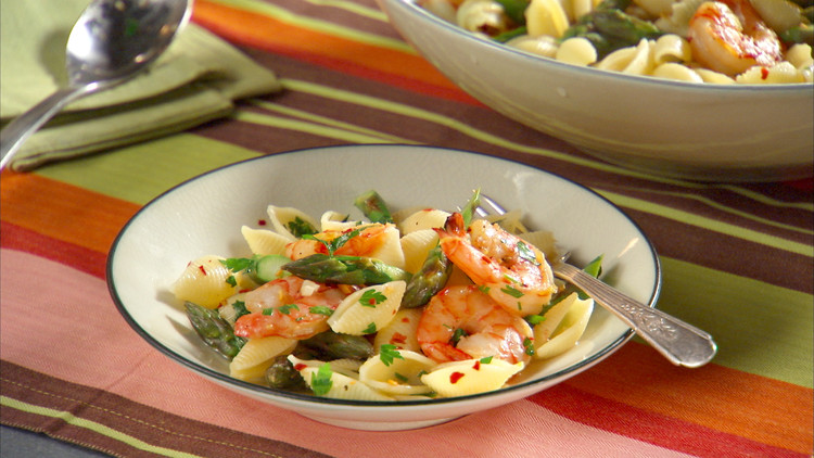 Shrimp Scampi With Asparagus Recipe Video Martha Stewart