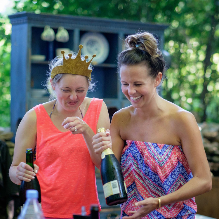 glamping girlfriends champagne