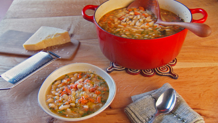 mh_1042_cannellini_bean_soup.jpg