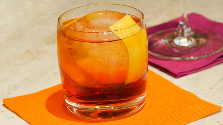 new-fashioned-cocktail-mslb7030.jpg