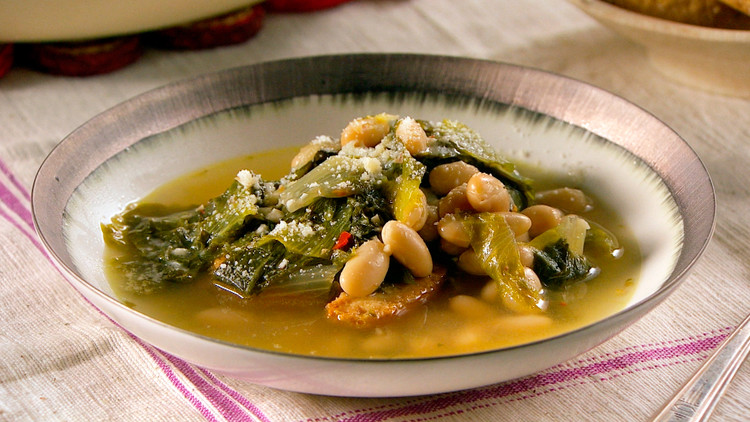 escarole-white-bean-soup-mhlb2031.jpg
