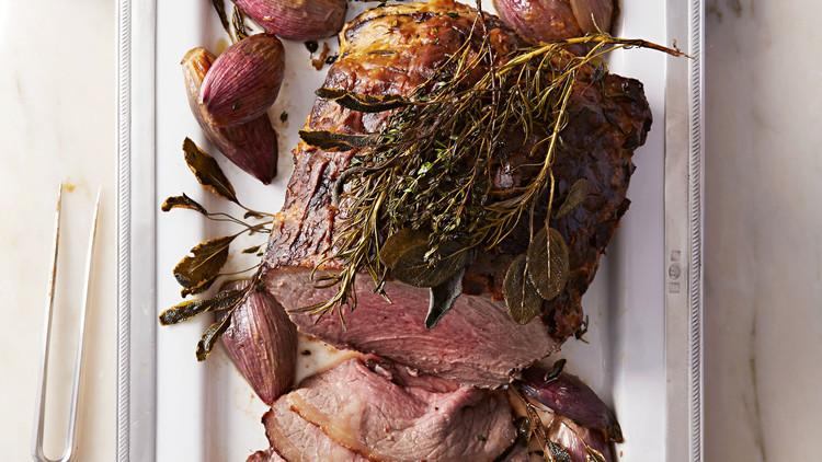 roast-beef-with-shallots-102797956.jpg