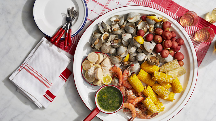 Easy Stovetop Clambake From Martha's One-Pot Book