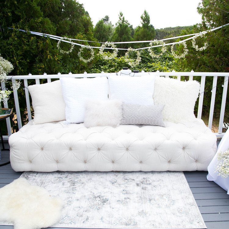 blooming en blanc party outdoor seating