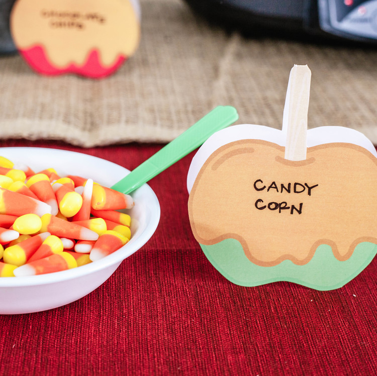 caramel-apple-bar-candy-corn-topping-1017