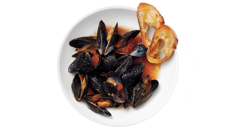 mussels-steamed-in-salsa-wine-0059-d112098.jpg