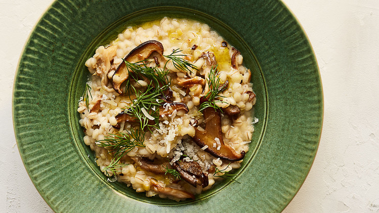 barley-risotto-with-mushrooms-dill-103271836