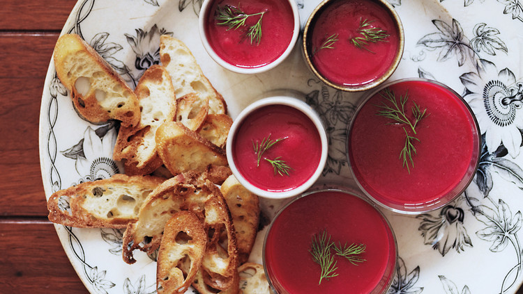 beet and cauliflower soup with dill