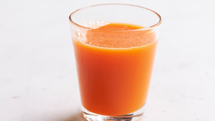 carrot-ginger-orange-juice-143-ld111042-0514.jpg