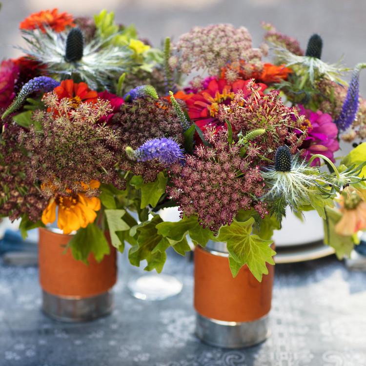 zinnias queen annes lace ranch life flowers vases centerpieces