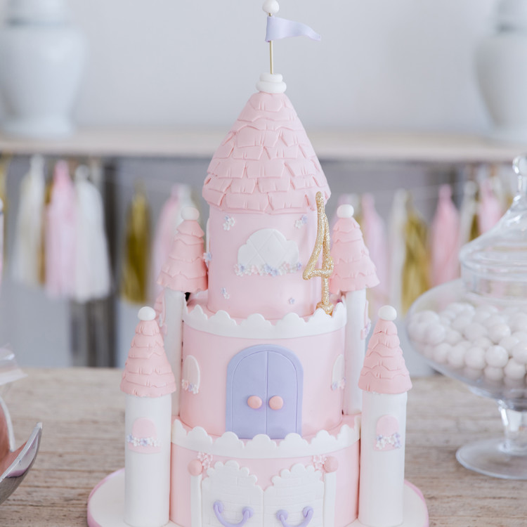 fashionable hostess reese princess birthday party castle cake