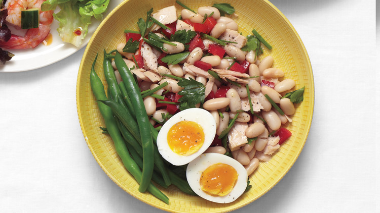 tuna-and-white-bean-salad-with-eggs-0615-d107287-0615.jpg