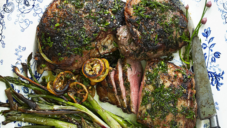 roasted leg of lamb with asparagus and herbs