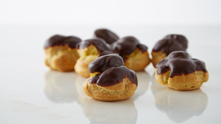 coffee-filled-cream-puffs-with-chocolate-glaze-166-d112925.jpg