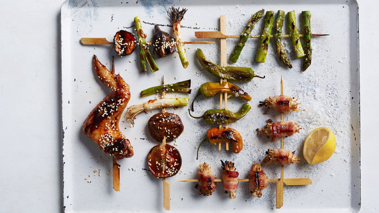 grilled-chicken-wings-and-vegetables-with-teriyaki-sauce-387-d112921.jpg