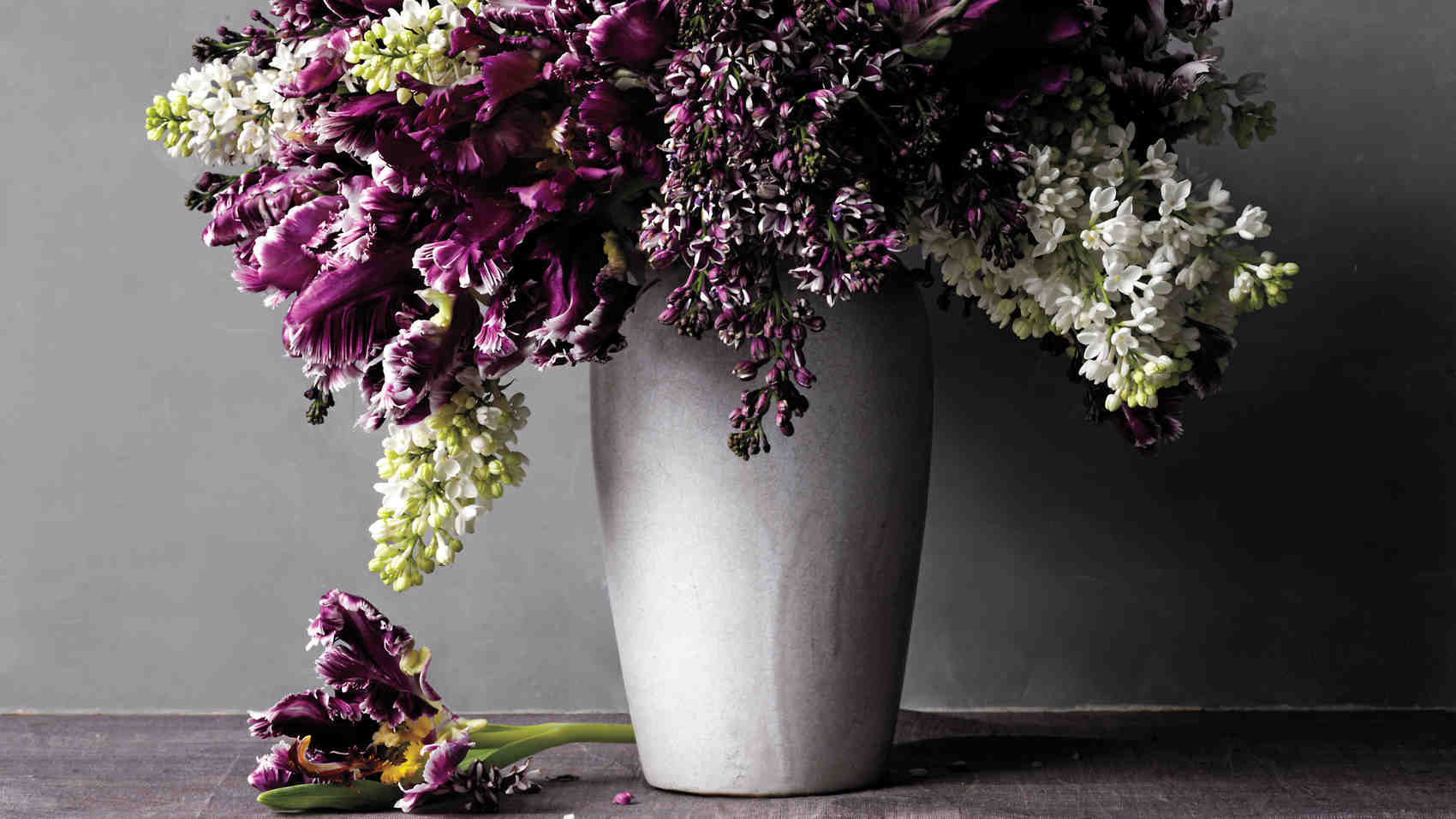 How to Help Cut Flowers Last Longer