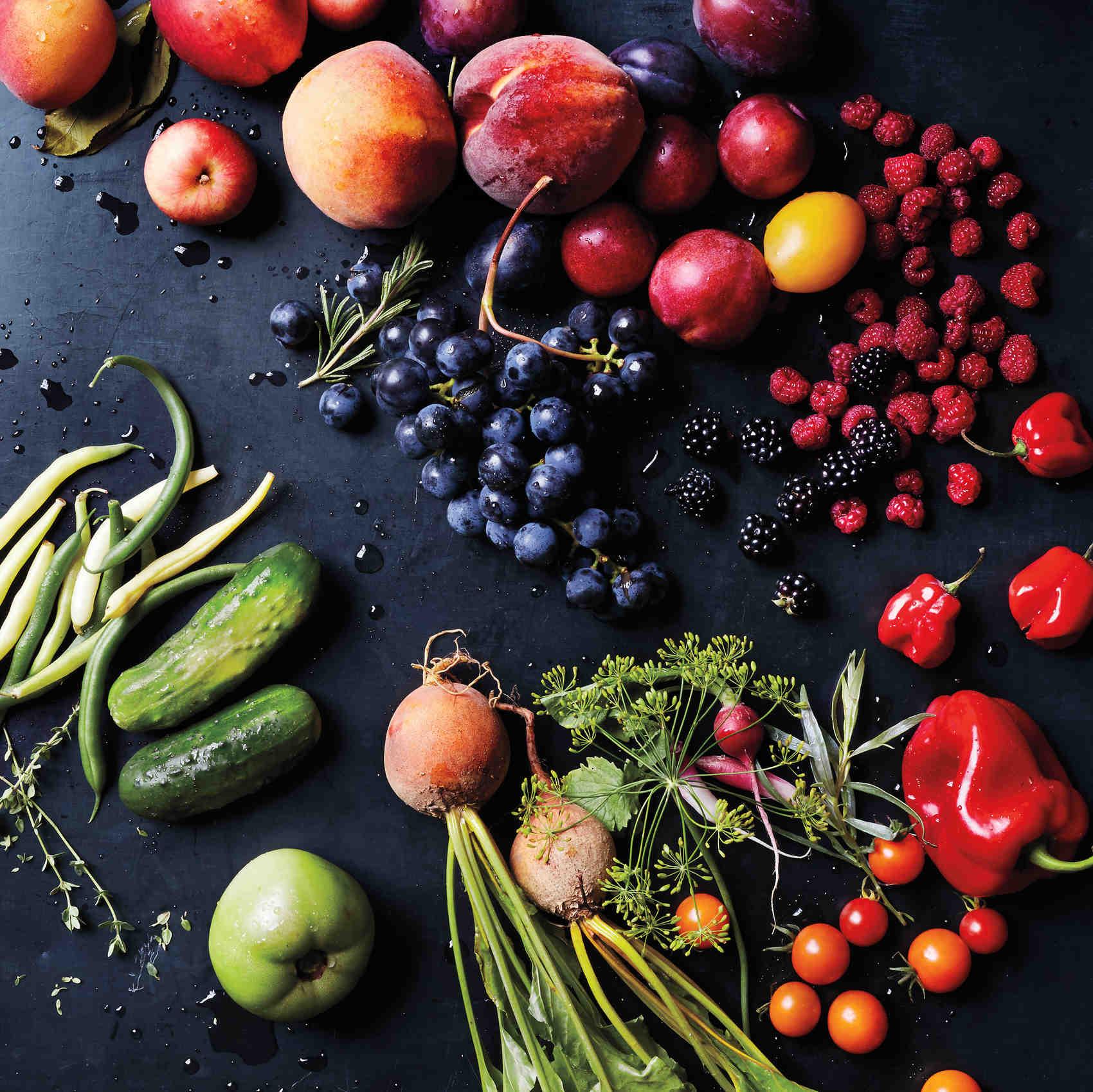 martha-produce-opener-with-veggies-098-d111614.jpg